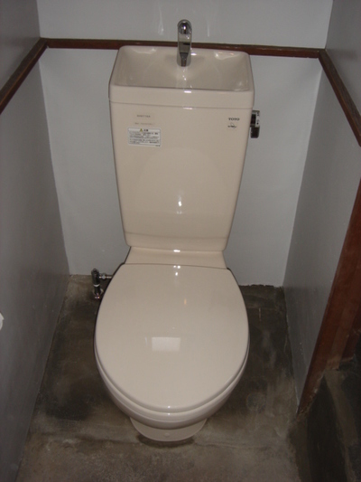 トイレ施工後1の画像